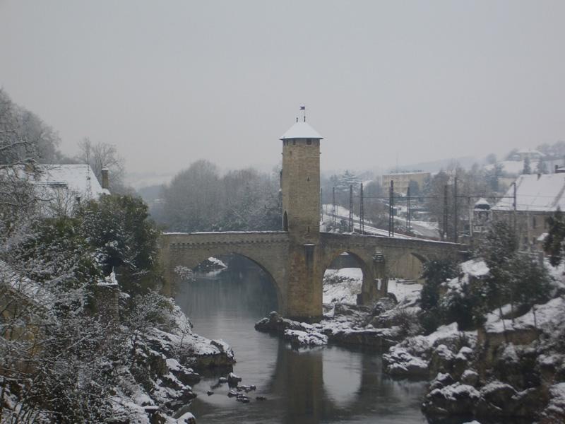 Le Pont Vieux sous la neige